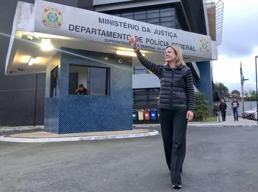 prisao de lula aumenta viagens de assessores de gleisi para curitiba tudo pago pelo senado claro