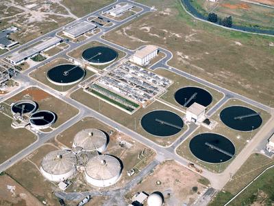 Como funciona uma estação de esgoto Desentupidora Hidro Curitiba