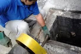 Técnicas de limpeza de ralos - as diferentes maneiras dos profissionais de encanamento limpar e manter os ralos
