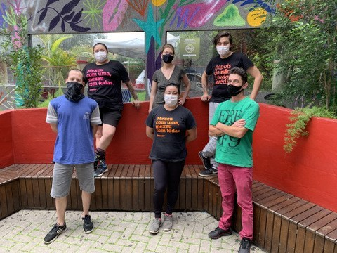 Pedido de socorro! James Bar em Curitiba correm o risco de fechar se não houver ajuda do governo