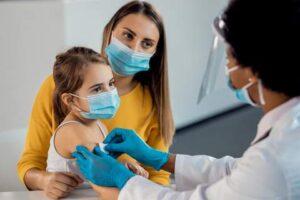 Unimed Laboratório está com descontos exclusivos nas vacinas Hexavalente e Meningo B