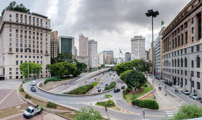 São Paulo O que abre e fecha